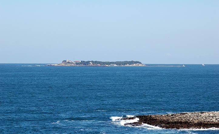 tuzağzı tabiat parkından adayı görebilirsiniz